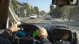 Még biztonságosabb telefonálás gépkocsiban