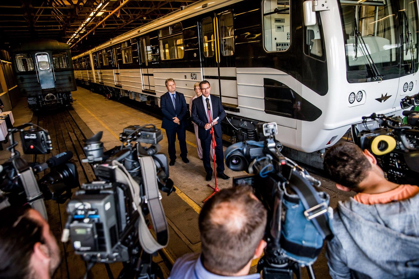Jönnek a régiúj orosz metrókocsik