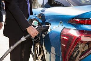 Előretörhetnek a hidrogénhajtású autók