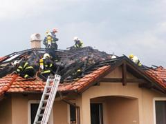 Védekezés a villámáram és túlfeszültség káros hatásai ellen