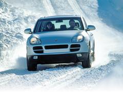 Biztonságos téli vezetés