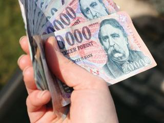 Sérült, hiányos és szennyezett bankók, érmék