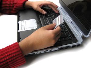 Internetes vásárlás: Mit jelent az elállási jog?
