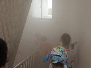 Lépcsőházi füstelvezetés