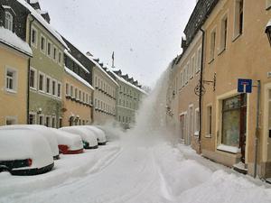 A havas háztetők veszélyei