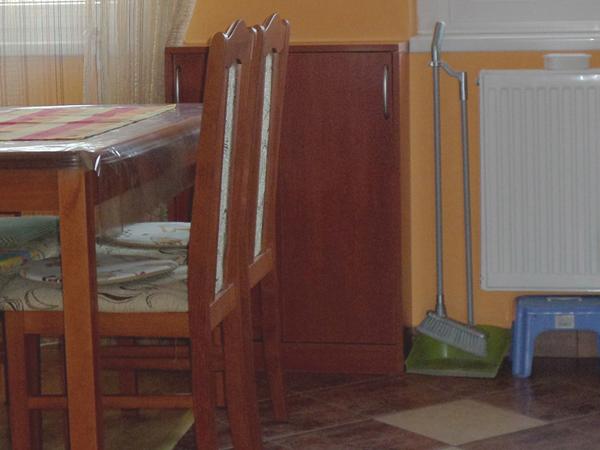 Mini spájz-szekrény