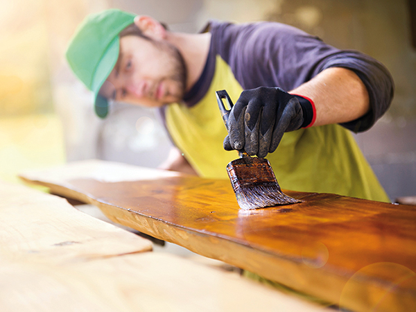 Ajtók felújítása festéssel