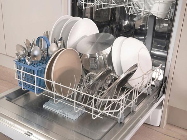 Edények a mosogatógépben