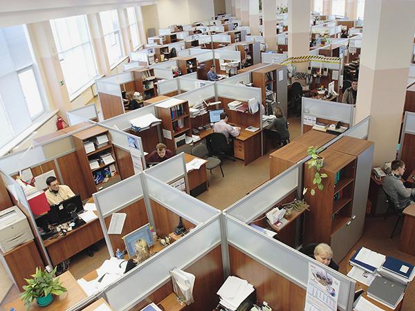 Tippek, praktikák az irodai zajcsökkentéshez