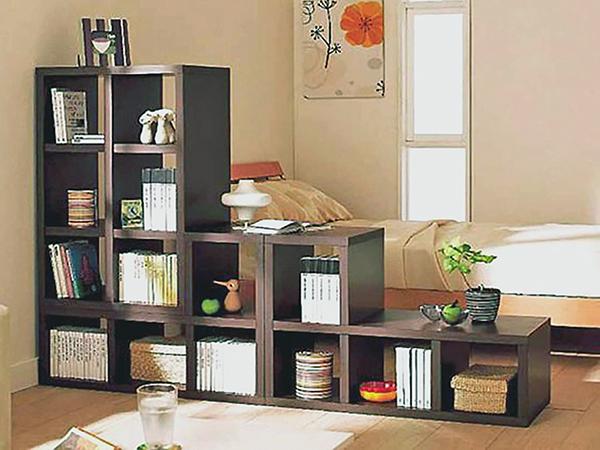 Rendhagyóan egyedi könyvespolcok