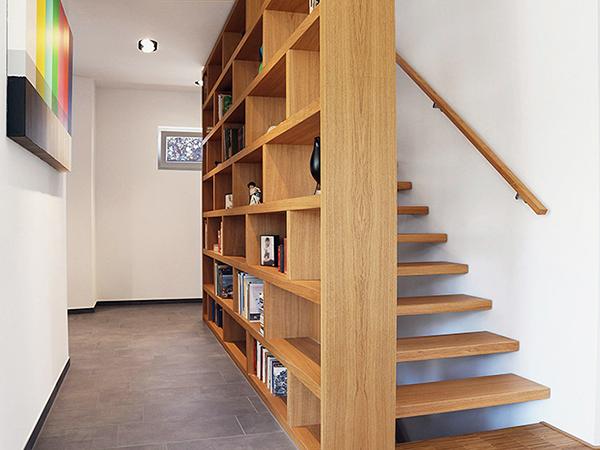 Lépcsőkorlát bútorként