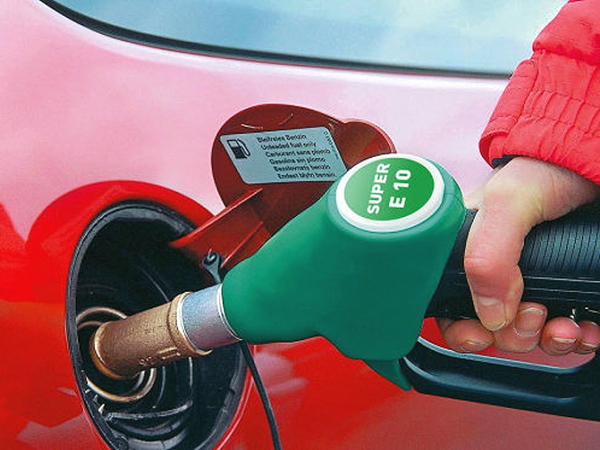 Új 95-ös benzin, az E 10
