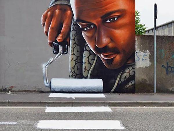 Az utca művészei: freskó a tűzfalon