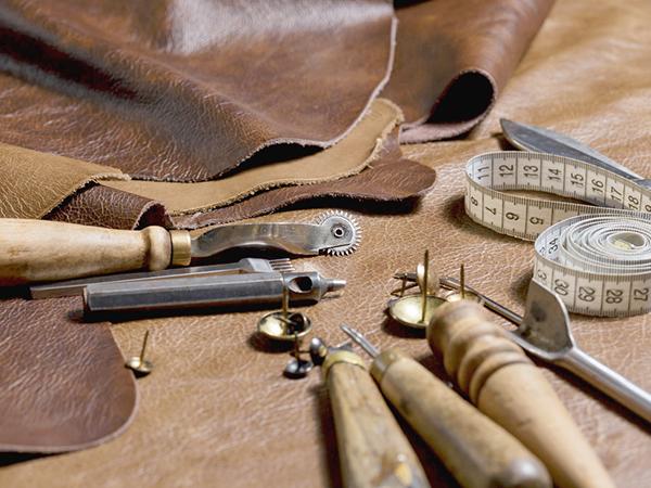 Bőrbútorok kondicionálása, javítása