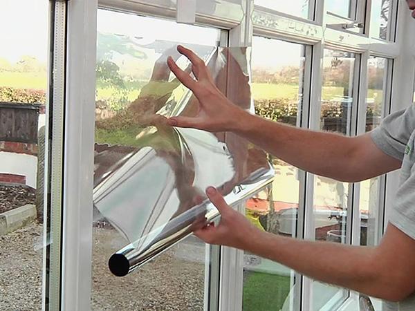 Védőfóliák ablakok, ajtók üvegeire