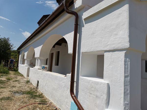 Új építésű parasztház