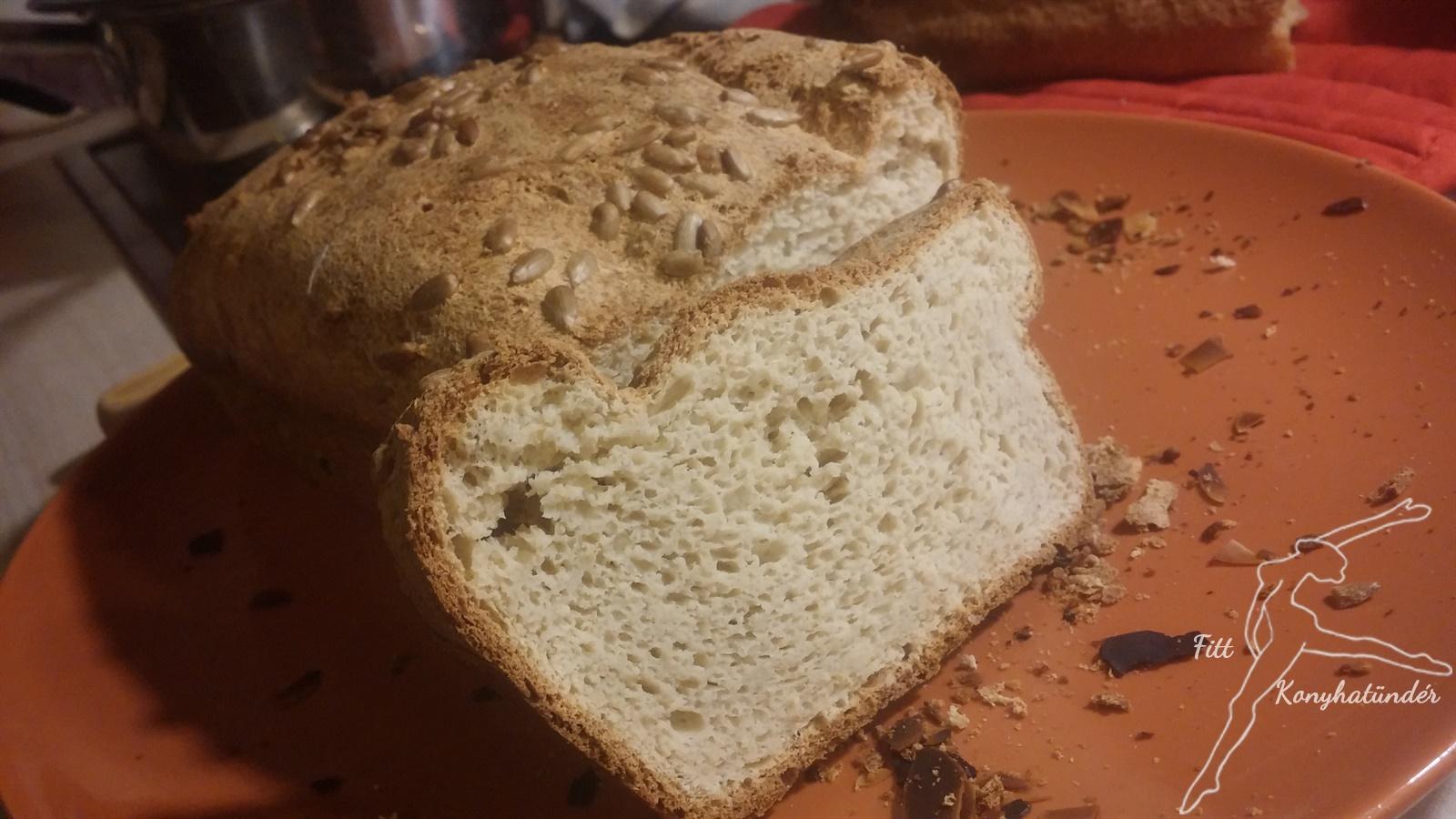 """Low carb """"fehér"""" kenyér"""
